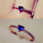 Fashion Heart-shaped Rhinestone Ring