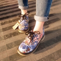 Retro Floral Print Lace Up Flat Heel Shoes
