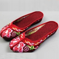 Ethnic Style Round Toe Wedge Heel Embroidered Slippers