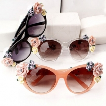 Retro 3D Flowers Sunscreen UV Sunglasses