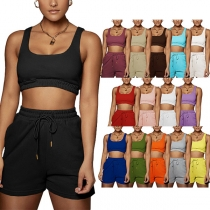 Sports Style Sleeveless Round Neck Solid Color Crop Top + Shorts Two-piece Set