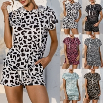 Fashion Short Sleeve Hooded Leopard Printed Top + Shorts Two-piece Set