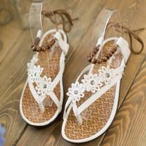 Bohemian Style Flowers Beaded Flat Heel Thong Sandals