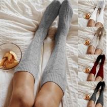 Fashion Solid Color Knee-length Knit Socks