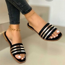 Fashion Flat Heel Open Toe Contrast Color Outdoor Slippers  (The size falls small)