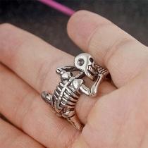 Retro Style Skull Shape Silver-tone  Halloween Ring